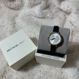Michael Kors Leather band WATCH!!